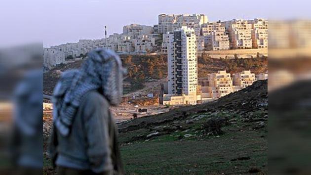 Playboy palestino condenado por fingir ser judío