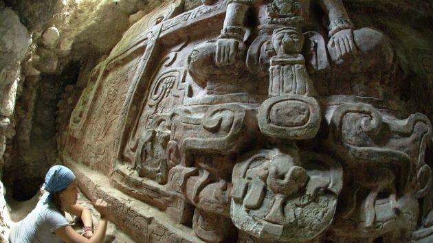 """Hallan en Guatemala la escultura maya """"más espectacular"""" jamás encontrada"""