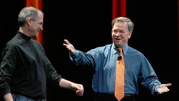 Revelan conspiración de Jobs y responsable de Google para mantener bajos los salarios