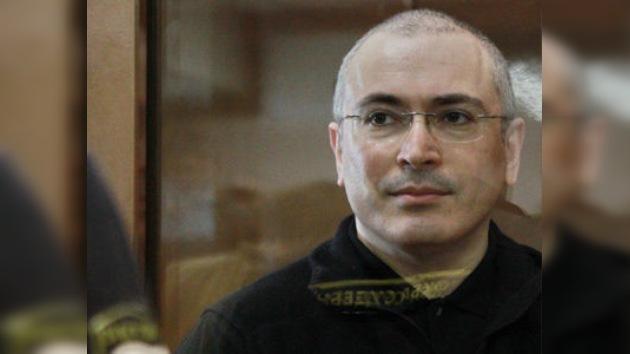 Medvédev pide a la Fiscalía que analice el caso de Jodorkovski