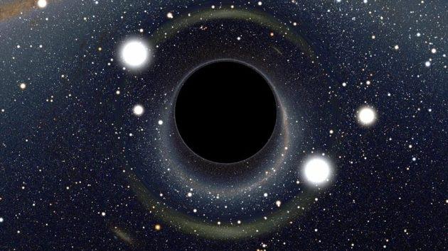 ¿Qué pasaría si un ser humano 'cayera' dentro de un agujero negro?
