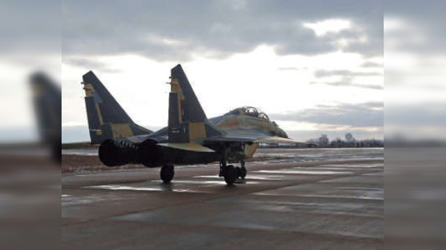La Armada india recibe los primeros cazas MiG-29K/KUB