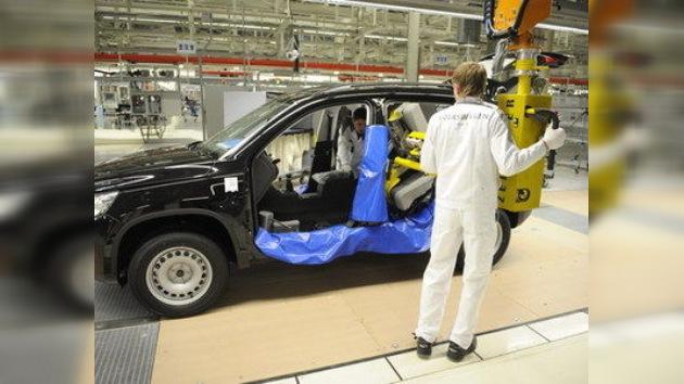 Ford, Fiat y GM invertirán más de 5.000 millones de dólares en Rusia hasta 2015