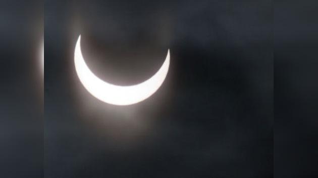 El eclipse solar parcial de hoy, el primer espectáculo celeste del 2011