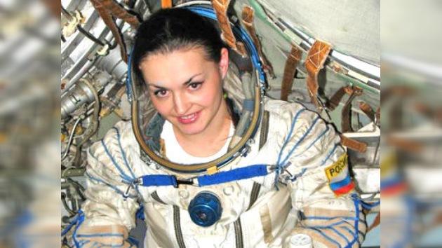 'Per aspera ad astra': una cosmonauta rusa se prepara para ir a la EEI en 2013