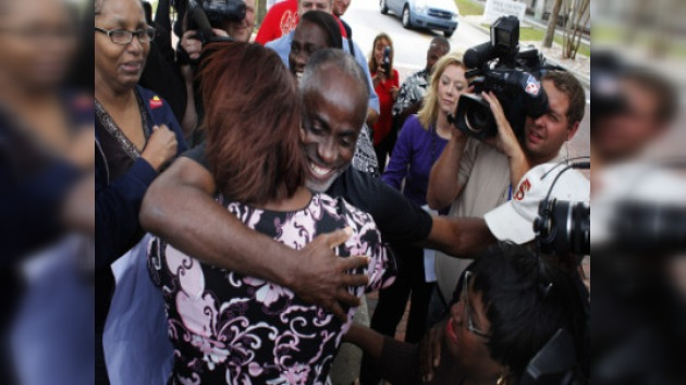Libre tras 35 años en la cárcel por un crimen que no cometió