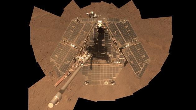El 'selfie' del Opportunity: los vientos limpian el explorador marciano