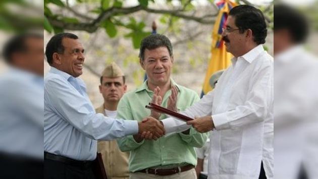 Un acuerdo permitirá al expresidente Manuel Zelaya regresar a Honduras