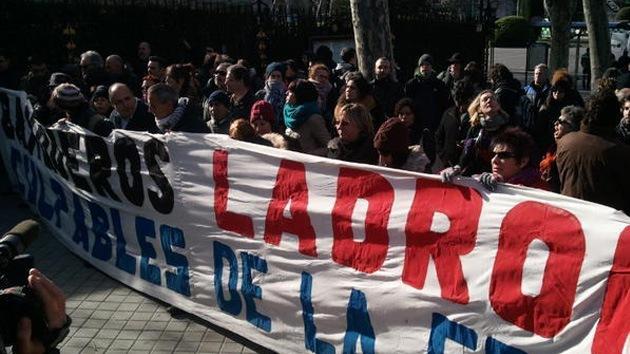 Madrid: Los 'Afectados por la Hipoteca' se indignan contra los inversores