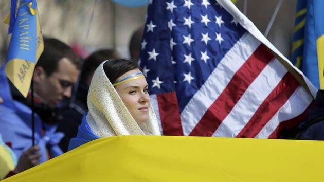 """EE.UU. tiene """"60 programas destinados a desestabilizar Ucrania"""""""