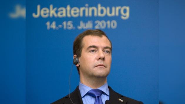 Medvédev: Moscú espera explicaciones de Irán sobre su programa nuclear
