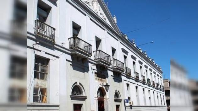 Detienen a dos enfermeros en Uruguay acusados de matar a sus pacientes