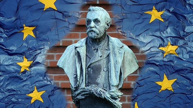 """""""La farsa del premio Nobel no salvará a Europa del dolor, los recortes y disturbios"""""""