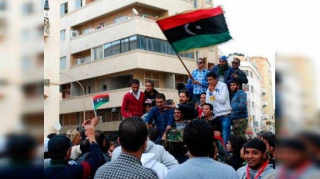 Libia: revive la indignación, esta vez contra el CNT