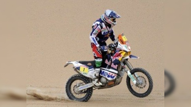 Coma recupera el liderato en motos a dos etapas del final del Dakar