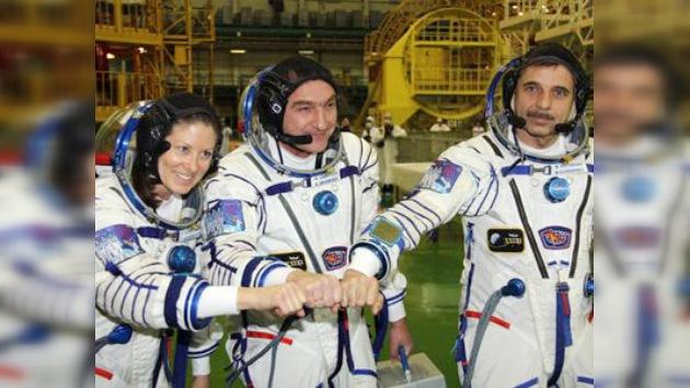 El regreso a la Tierra de los tres astronautas de la ISS se retrasa
