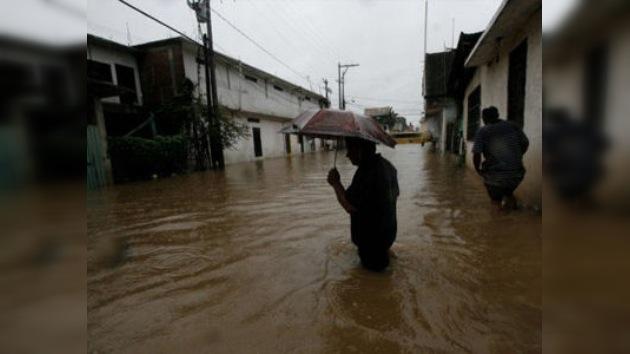 Tres muertos y casi 200.000 afectados por las lluvias en México