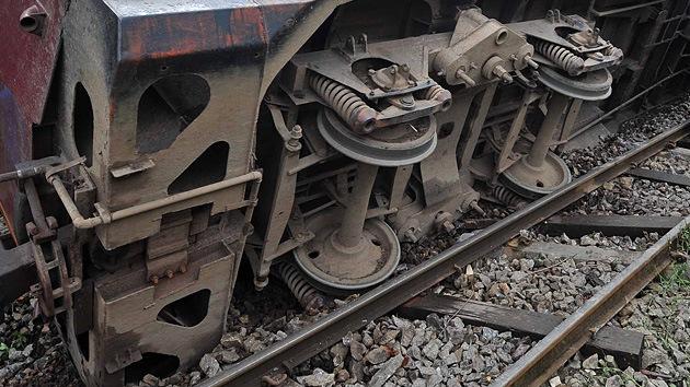 Birmania: decenas de muertos y heridos al descarrilar un tren cisterna