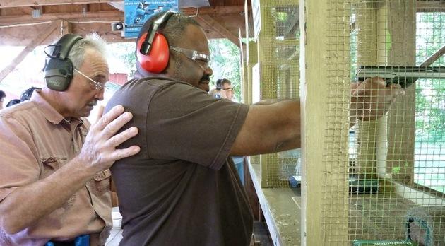 En Ohio lanzan el curso 'Maestro armado' tras la masacre de Connecticut