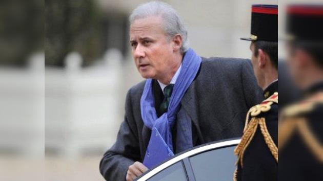 Funcionario francés dimite tras ser investigado por agresión sexual