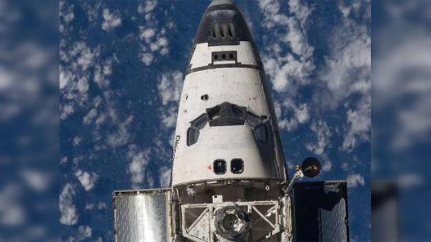 La NASA confirma que el Discovery sufrió un desperfecto en una antena