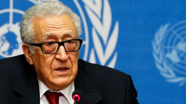 Brahimi: Las mujeres y los niños podrían abandonar Homs este mismo lunes