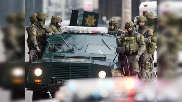 Cuatro policías fueron asesinados en una cafetería en los EE. UU.