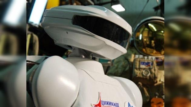 Rusia crea un robot cosmonauta humanoide