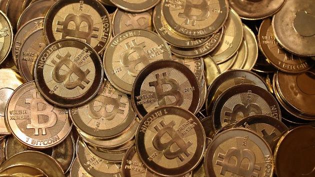 ¿Cómo se puede amasar una fortuna virtual a base de bitcoines?