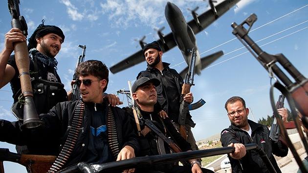 Turquía, puente aéreo de armas para los rebeldes sirios