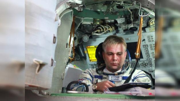 Últimos experimentos del astronauta ruso antes de volver a la Tierra
