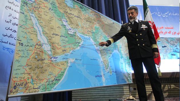 Irán bota una flota en un día