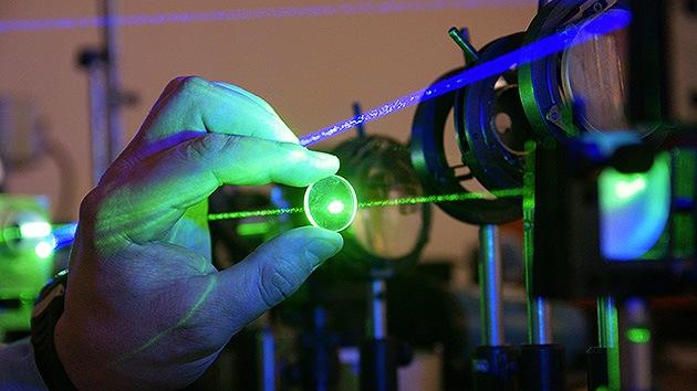 Científicos rusos desarrollan un filtro protector contra láseres militares