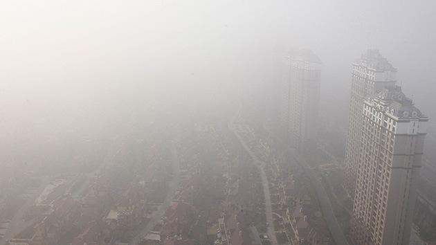El humo tóxico en China, una 'venda' para las cámaras de vigilancia y de seguridad