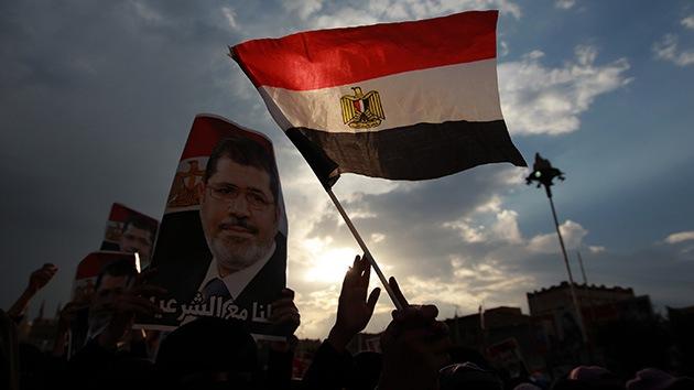 """El pueblo egipcio, """"atrapado"""" en medio de una encarnizada lucha por el poder"""