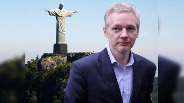 """Assange aceptaría el asilo político en el """"bello y cálido"""" Brasil"""