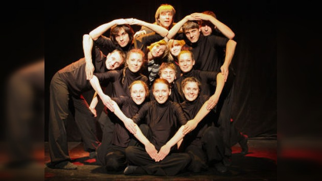 El fogoso baile Lezginka y el teatro de manos llegan a Venecia