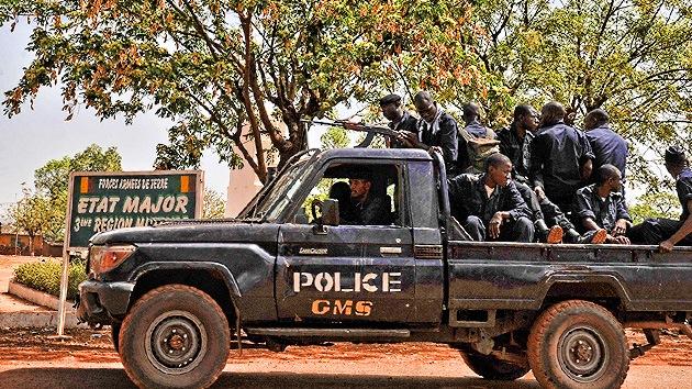 Milicianos de Malí reclutan y abusan de niños