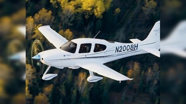 Dos avionetas colisionaron en el aire en Colorado, EE. UU.