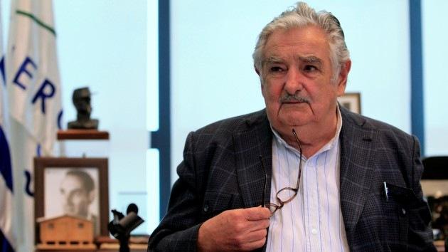 Mujica pide a EE.UU. liberar a cubanos a cambio de acoger a presos de Guantánamo