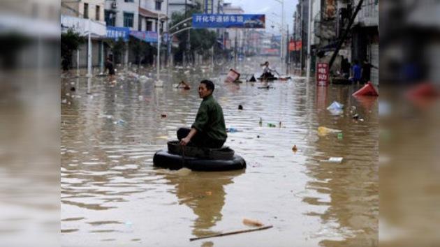Las inundaciones en China fuerzan la evacuación de 555.000 personas