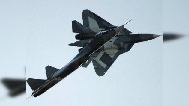 El tercer prototipo del T-50 inició su programa de vuelos de prueba