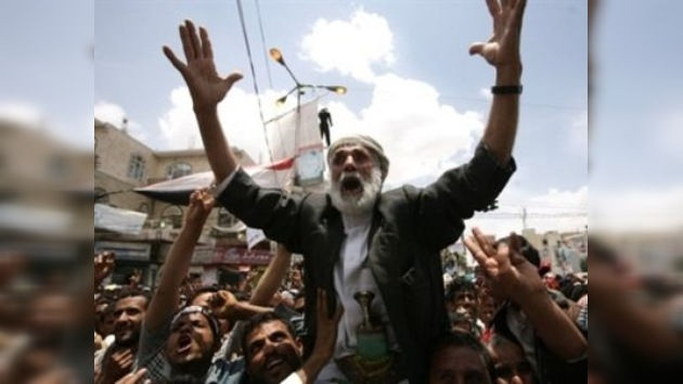 El presidente yemení pone nuevas condiciones para su renuncia