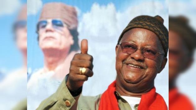 'Con los brazos abiertos' recibirían al coronel Gaddafi en Guinea-Bissau