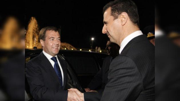 Medvédev planea consolidar los lazos amistosos con Siria