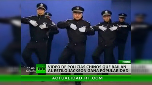 Policías chinos muestran sus habilidades coreográficas en Internet