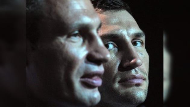 Vladímir Klichkó: 'Nunca pelearemos contra Holyfield'