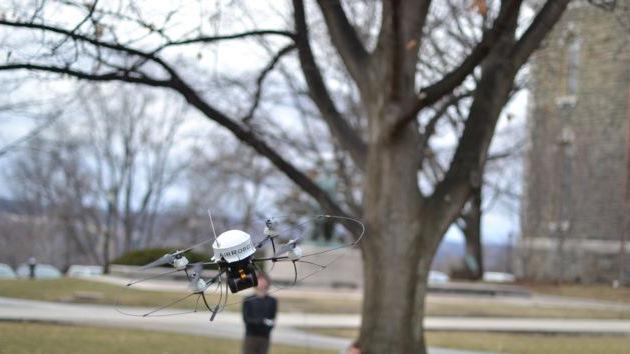Desarrollan un robot volador con la 'inteligencia' de las aves