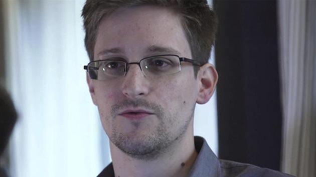 Rusia puede estudiar si concede asilo político al informador sobre espionaje en EE.UU.