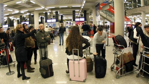 La población de España se reduce 'por primera vez' debido a la emigración